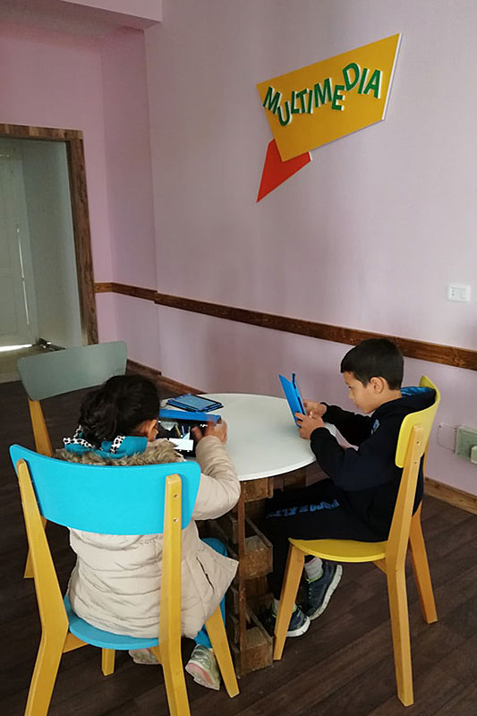 Children using tablets in the SOS Digital House in Tunisia