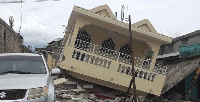 haiti_les-cayes_2021-earthquake_damaged-home-650.png