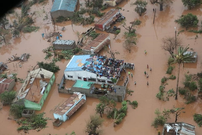Rooftop shelter from the floodwaters of Cyclone Idai