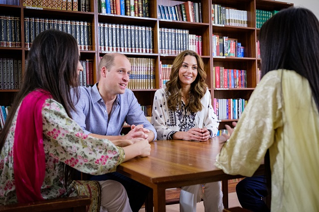 The Duke and Duchess of Cambridge meeting with SOS alumni.